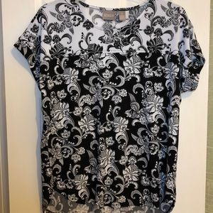 Chico's black and white Top